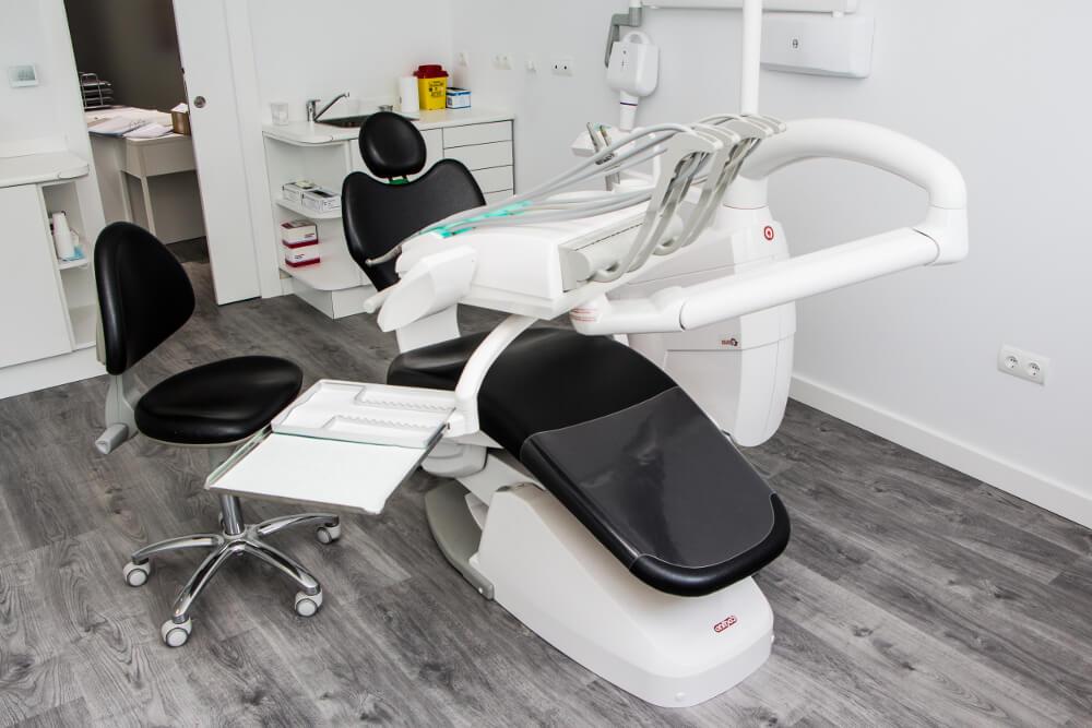 clinica-dental-seron_dentia_instrumentos-1